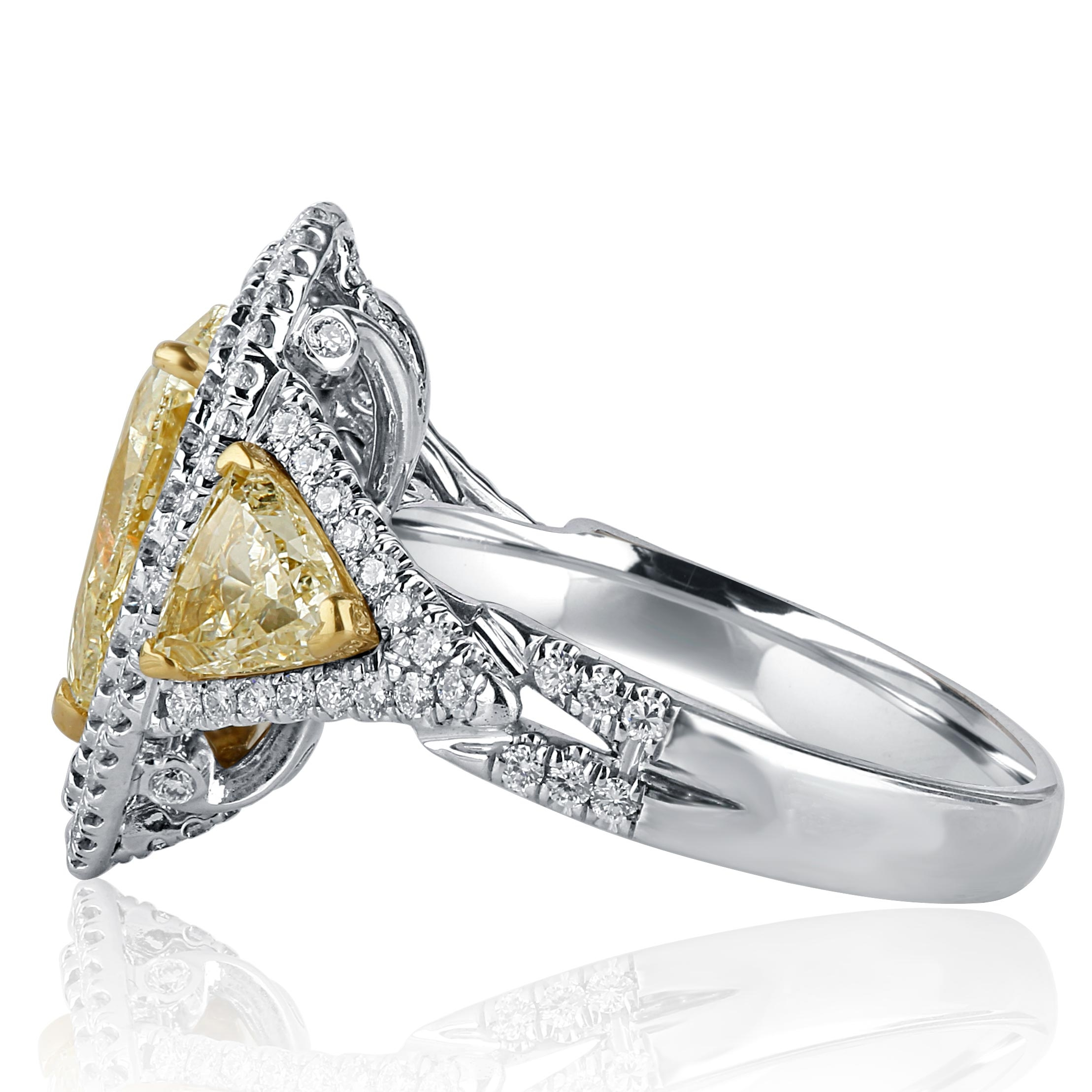 white cut gold center engagement about details diamond pear earrings ring trillion carat stone itm yellow shaped specs